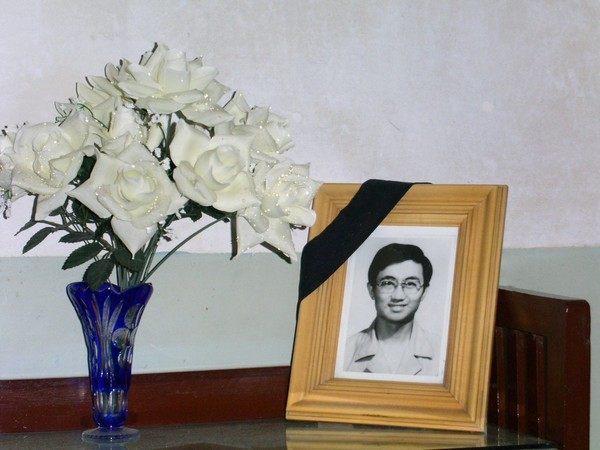 袁可志の息子、袁力の遺影。袁力は天安門事件で人民解放軍の銃撃に倒れた。