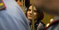 プッシー・ライオット:控訴審で1名釈放、2名実刑判決