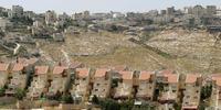 イスラエルは、西岸地区での入植地建設を中止すべき