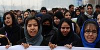 アフガニスタン当局はいまだにジェンダーにもとづく暴力を止められずにいる (C) SHAH MARAI/AFP/Getty Images