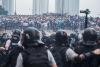 香港:香港警察の武力行使に対する捜査を
