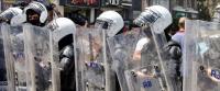 抗議市民に対する暴力が激化