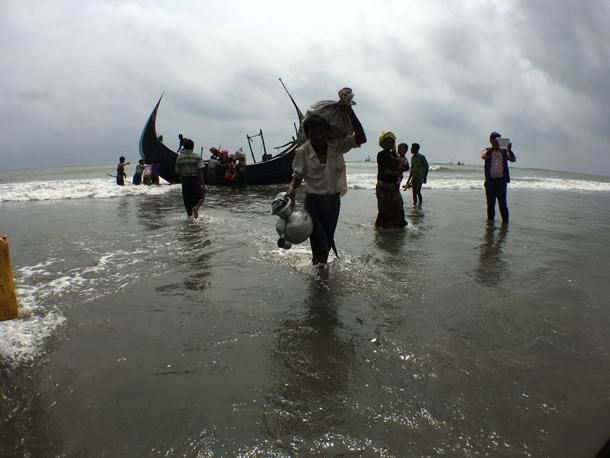 バングラデシュのコックスバザールに逃れたロヒンギャの人びと © Amnesty International