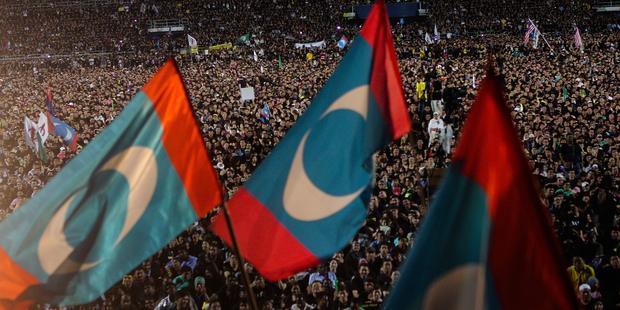 選挙不正疑惑に対する抗議活動が活発に行われている (C) Getty Images