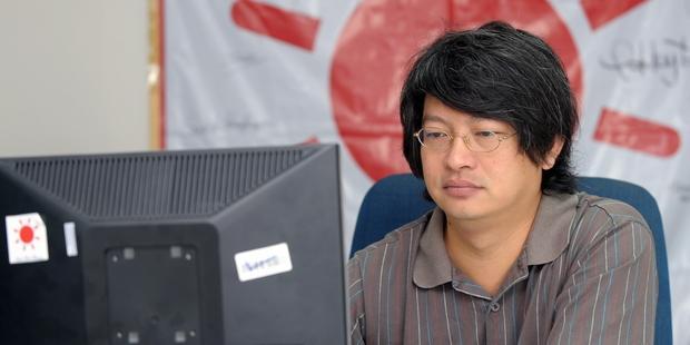 著名な社会活動家、ソムバット・ブンガームアノンさんは5日の夜逮捕された。(C)PORNCHAI KITTIWONGSAKUL/AFP/Getty Images