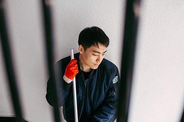 宗教的な理由で兵役を拒否し、捕まった韓国の若者 @Amnesty International / Photo: Kim Yonggi