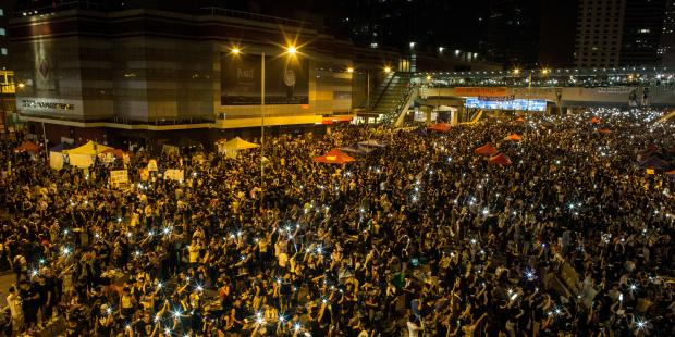 Pro-democracy protesters in central Hong Kong on Tuesday night.(C) Chris McGrath/Getty