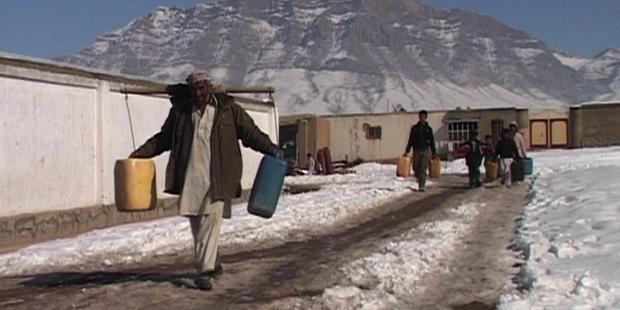 昨年、難民キャンプの100人以上が寒さや病気で命を落とした。(C)AI
