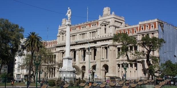 アルゼンチンの最高裁判所は10月12日、強かん被害者の妊娠中絶を許可する決定をした.(C)AI