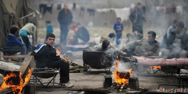 首都ソフィアの南東の町ハルマンリの難民キャンプ(C)NIKOLAY DOYCHINOV/AFP/Getty Images