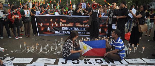 インドネシアのジャカルタで死刑反対の集会に集まる人たち © Demotix